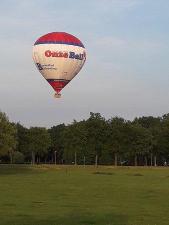 Mercure Hotel Amersfoort Centre: Balloon over Amersfoort
