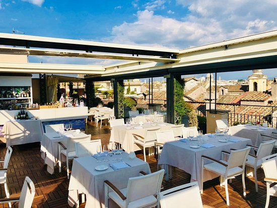 I Sofa Bar Restaurant and Roof Terrace