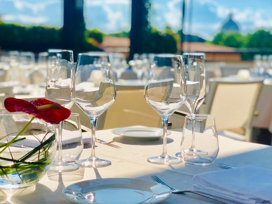 Hotel Indigo Rome - St. George: I Sofa Bar Restaurant and Roof Terrace
