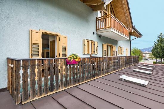 Jagerhaus: Balcone Quadrupla /Tripla Standard