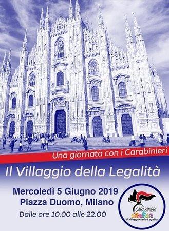 Monumento Ai Carabinieri: Celebrazioni in Piazza del Duomo