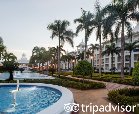 Grounds at the Hotel Riu Palace Punta Cana