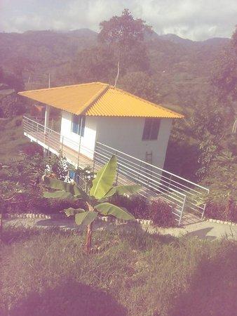 Villeta, Kolumbien: Cabañas familiares. Tenemos capacidad para hospedar 36 personas