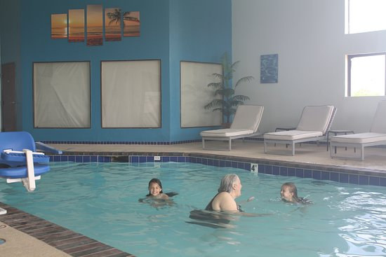 Executive Inn and Suites Wichita Falls: Indoor Pool