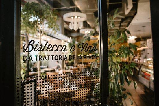 Bistecca e Vino Da Trattoria de la Plaza: Bienvenidos!