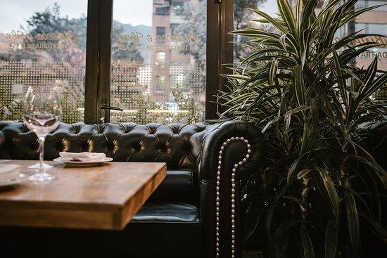 Bistecca e Vino Da Trattoria de la Plaza: Sofa
