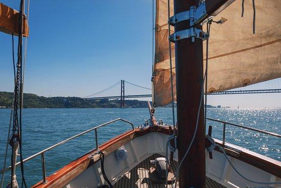 SailTagus Boat Tours