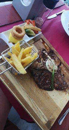Sisters Steak House Foto