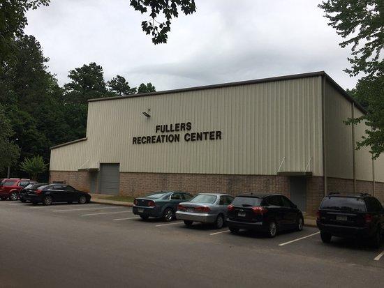 Fullers Park: Fullers Recreation Center