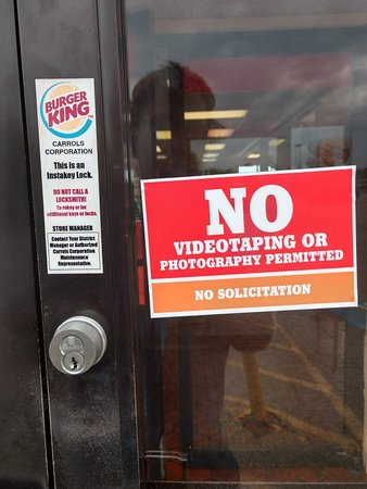 No photos allowed at Burger King ☹️