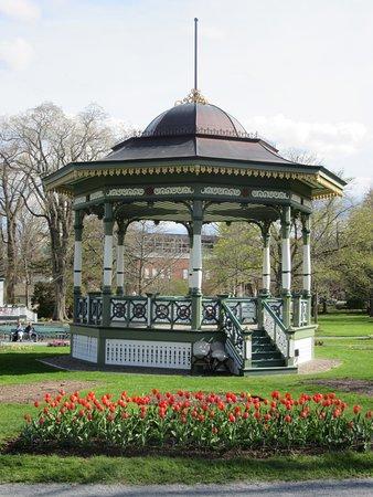 Halifax Public Gardens: Bandstand