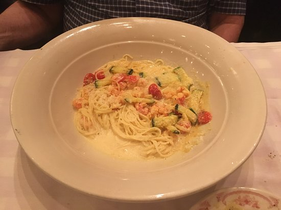 Maggiano's Little Italy: Angel Pasta Langostino with Lobster