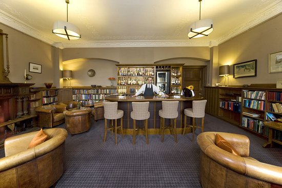 Isle of Eriska Hotel, Spa & Island: Bar/Lounge