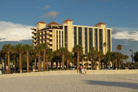 Pier House 60 Clearwater Beach Marina Hotel