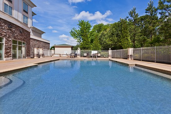 Holiday Inn Express Hotel & Suites Phenix City-Fort Benning Area: Pool
