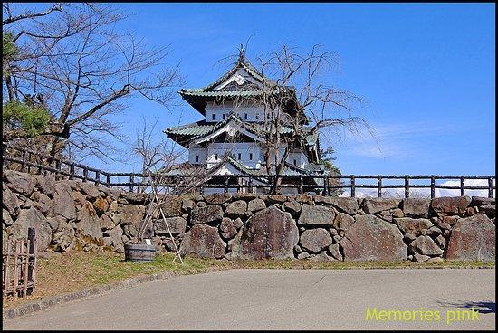 Hirosaki Castle: ปราสาทเก่าแก่อายุกว่า 400 ปี