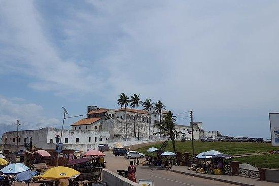 Paseos a pie por Elmina y Cape Coast