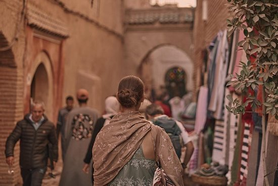 A Day In The Life of A Moroccan Women: Marrakech through the women's eyes.
