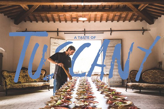 Certaldo, Italie : Tuscan food and wine is a project created by people who love their territory. Born from an idea of the Ciappi family, award-winning wine producers, owners of theAzienda Agricola casa alle Vaccheand Francesco Corsetti, owner of the centuries-old Fattoria Bassetto.