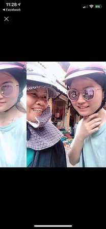 Young lady from Korea go to market with Mum