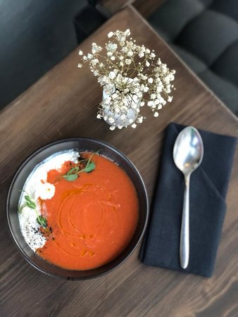 """Gazpacho with a """"quick Breakfast"""""""