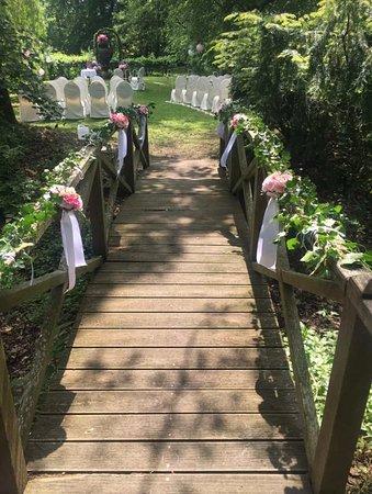 Zeremonie im Park