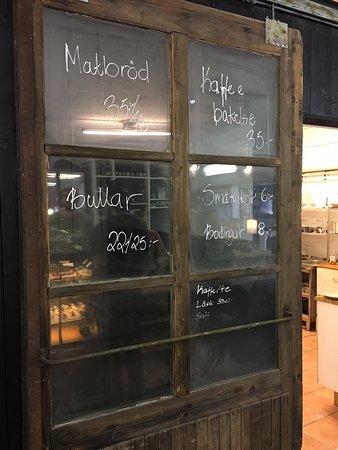 Otroligt trevlig invigning av bageriet! Perfekt för sommardagarna :D