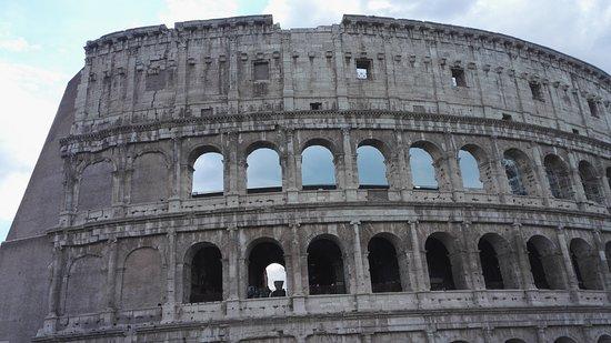 Colosseum: col1