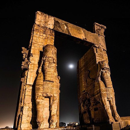 Here is Gate of nations in Persepolis, through which all visitors to the royal palaces would have had to pass, but it was to separate the people according to their social importance. You see two giant lamassus (mythological creatures: bulls with the head of a bearded man) on the gate warded off evil and protecting the path.