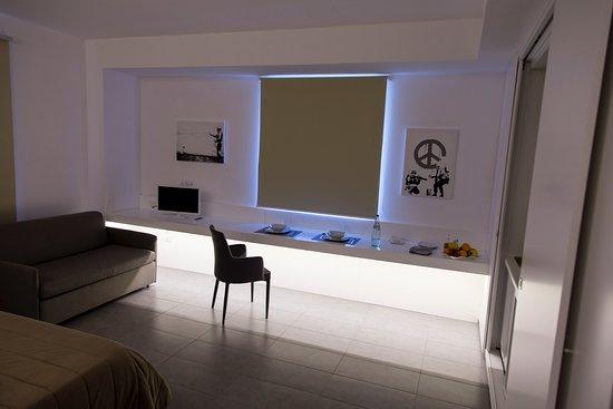illuminazione strepitosa! camera bellissima, elegante e funzionale. Biancheria di altissima qualità, climatizzazione perfetta!