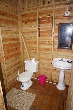 Jamaica Jungalo bathroom