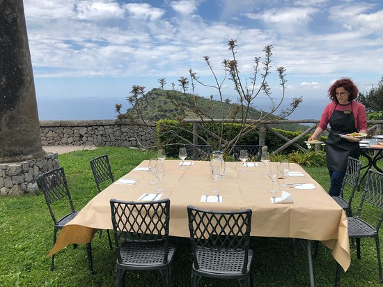 Walk, Cook & Eat of Sorrento Coast: Getting ready to eat