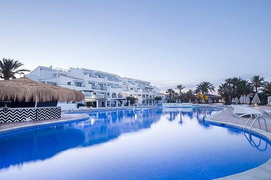 8817de40c8 FERGUS STYLE BAHAMAS - UPDATED 2019 Hotel Reviews & Price Comparison ...