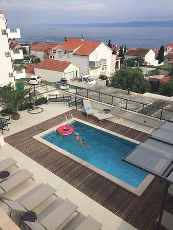 Apartments Anna swimming pool