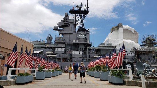 Pearl Harbor National Memorial: Pearl Harbor - Honolulu, USA