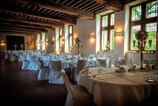 Blick Auf Den Muhlenteich Picture Of Schloss Reinbek Restaurant