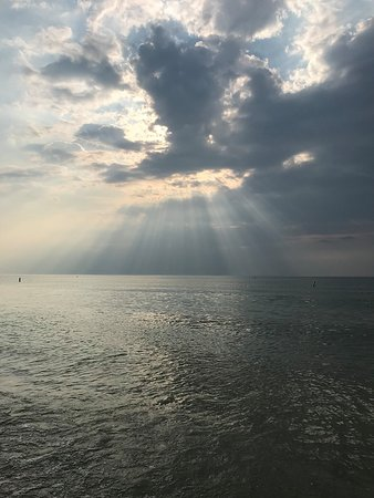 Grand Bend Beach: The afternoon clouds