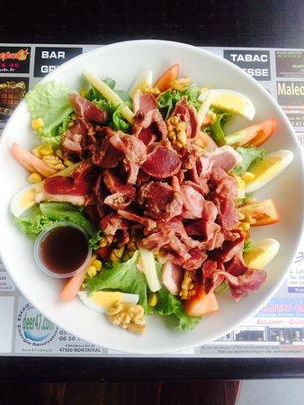 Saint-Vite, France: Salade de gésier