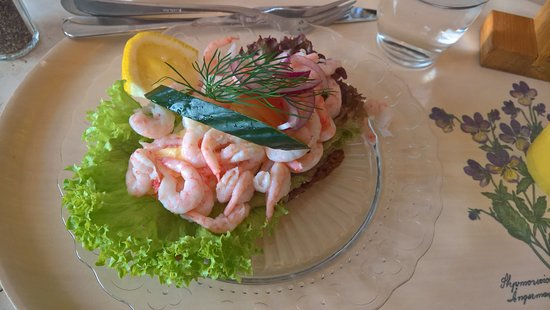Cafe Mignon, Varberg, Shrimps on bread.