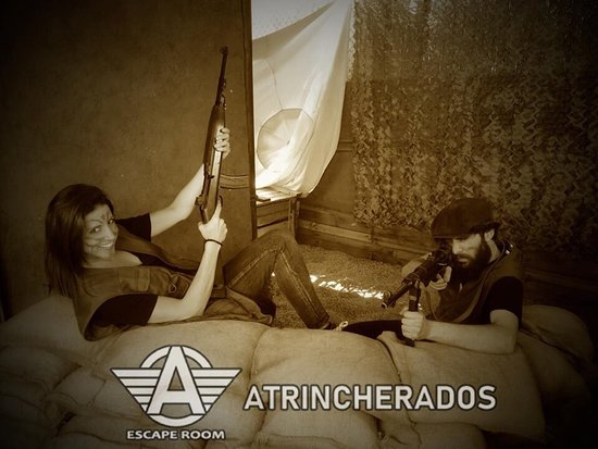 ‪Atrincherados Conecta Escape Room‬