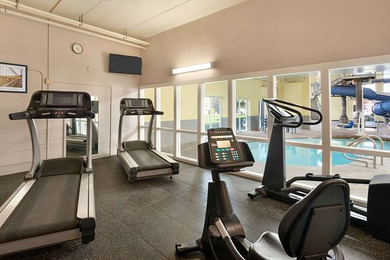 Ramada by Wyndham Spokane Airport: Health club
