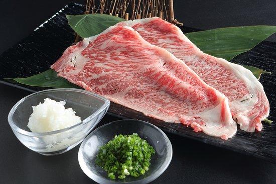 焼きしゃぶロース(軽く炙ったお肉は、大根おろしとポン酢でさっぱりとお召し上がりいただけます)
