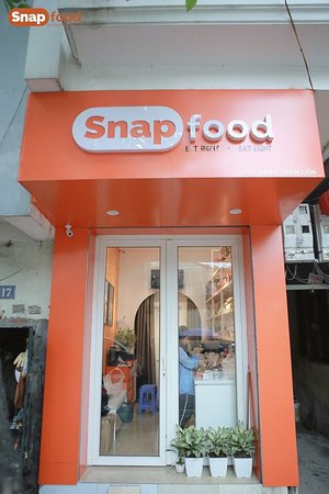 Our Snap Food Store from the outside (Brand Awareness)