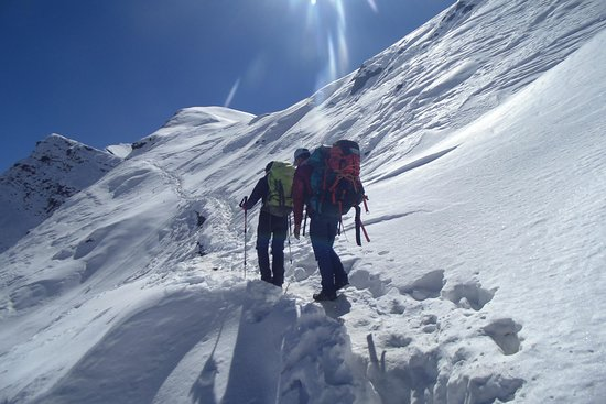 Les Alpes-Himalaya Trek & Expedition Pvt. Ltd.