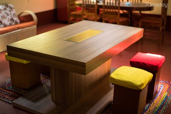 Kipstay Coffea Cove Chikmagalur: Coffee Table