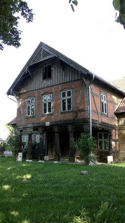 Dom podcieniowy
