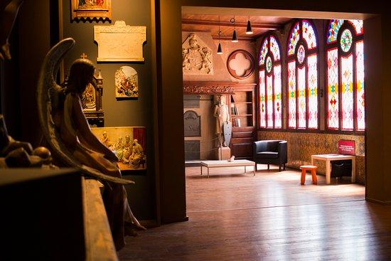 El Museu dels Sants se encuentra en la casa del artista y escritor Marian Vayreda.
