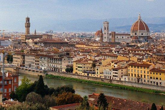 Rosa_Tour Guide Tuscany