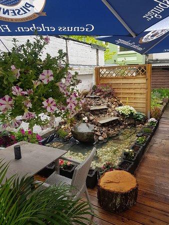 Unsere Terrasse zum entspannen und leckeres Essen zu verspeisen ☀️🌻🌞😃