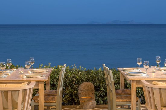 Moutsouna, Yunanistan: terrace with sea view